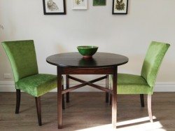 Round X Leg Table with Sienna Chairs